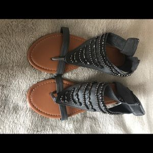 Shoes - Size 9 sandals. Grey with beading